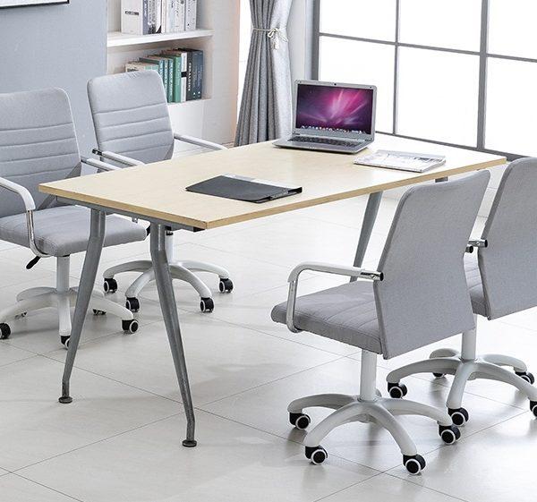 Стандартная офисная мебель для персонала